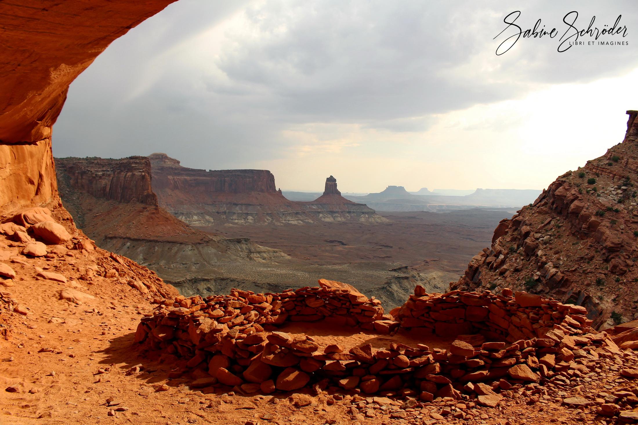 False Kiva - Canyonlands NP